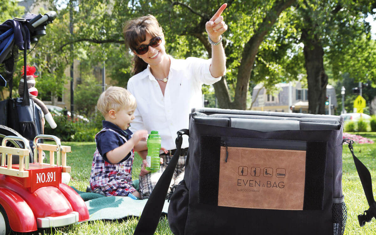 A picnic bag and functional diaper bag for your family
