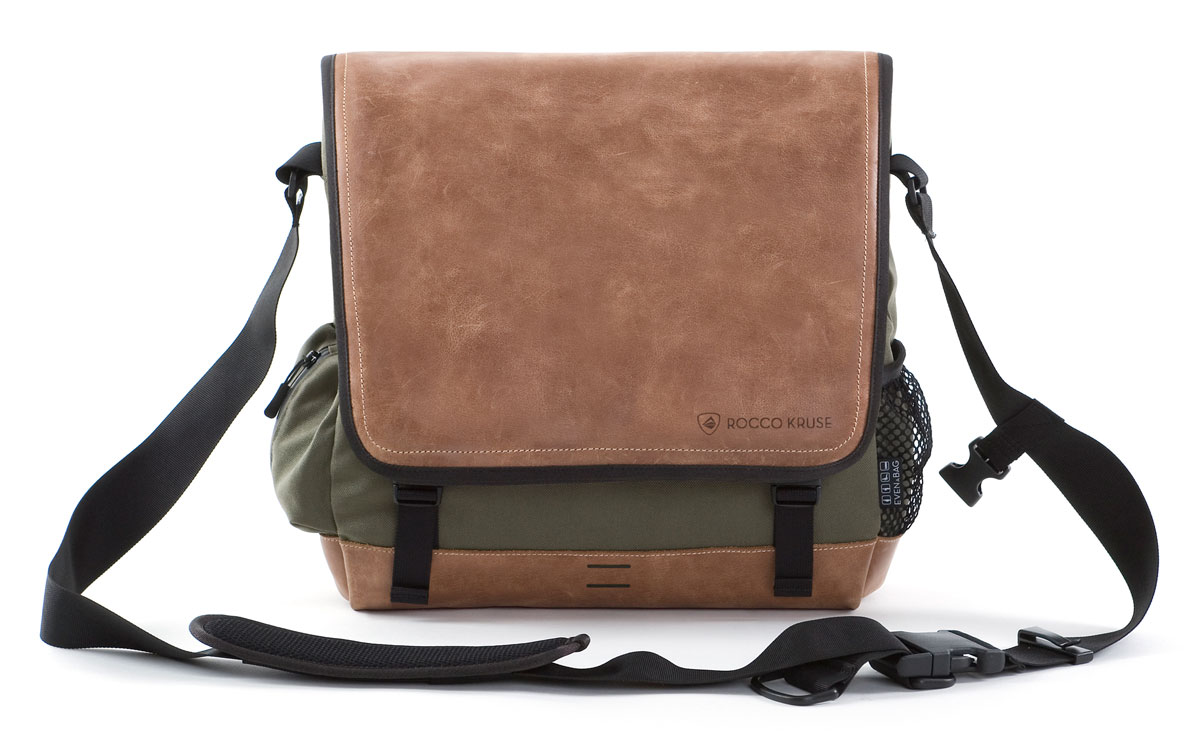 Mens and woman leather shoulder bag in green