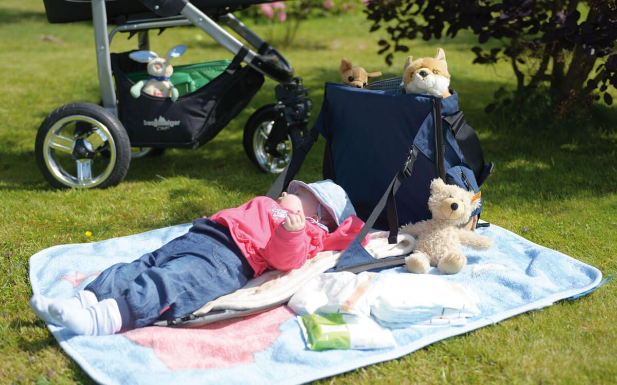 Eine Babytasche und Wickeltasche von EVENaBAG
